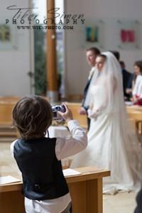 Templomi esküvő fotózása Győrben és Győr Moson Sopron megyében.